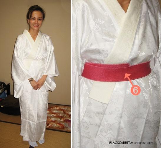 Putting on Kimono